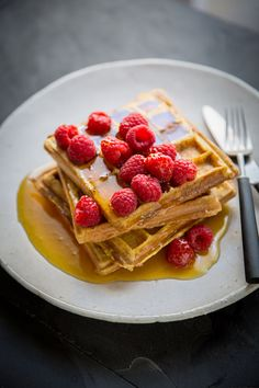 Easy rench toast waffles with cinnamon recipe #breakfast #recip