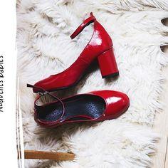 @fruitygirlclementine nous fait rêver avec ses nouvelles PRISCILLA !  #regram #andrechaussures #ootd #shoes #shoesoftheday #shoesaddict #shoestagram #heels