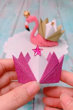 Origami Crowns – Easy Paper Craft For Kids - Easy Crafts for All Paper Crafts Origami, Diy Crafts For Gifts, Paper Crafts For Kids, Diy Arts And Crafts, Craft Stick Crafts, Origami Crown, Instruções Origami, Origami Videos, Origami Butterfly