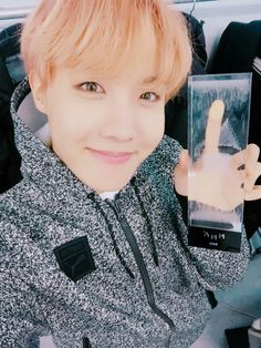 BTS | Hoseok ❤ Best kpop album of the year award #MMA2016