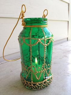 Duzzit: Moroccan-Inspired Painted Jar Lantern DIY