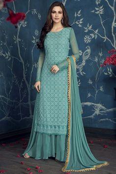 Designer Kurtis, Indian Designer Suits, Designer Dresses, Designer Clothing, Long Dress Design, Stylish Dress Designs, Stylish Dresses, Indian Fashion Dresses, Dress Indian Style