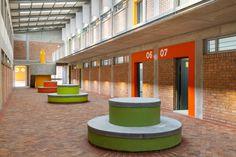Heideveld Primary School - internal covered courtyard Courtyards, Primary School, School Design, Schools, Urban, Upper Elementary, Courtyard Gardens, School, Elementary Schools