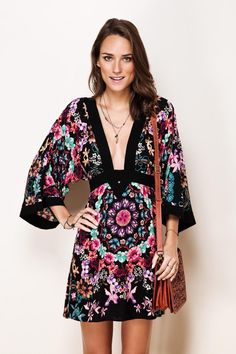 pretty low neck but it's still a gorgeous dress╰☆╮Boho chic bohemian boho style hippy hippie chic bohème vibe gypsy fashion indie folk the . Hippie Style, Bohemian Style, Hippie Chic, Boho Fashion, Fashion Dresses, Fashion Trends, Boho Chic, Mode Style, Boho Dress