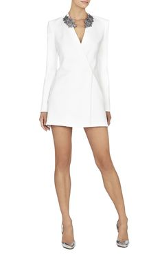 Oh please can I afford to buy all that my heart desires ! But really love this dress , with a great spray tan ! Cape Dress, Blazer Dress, Collar Dress, Jacket Dress, Suit Fashion, Fashion Dresses, Hostess Outfits, Court Outfit, Tuxedo Dress