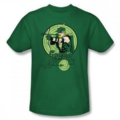 This+100%+cotton+shirt+features+DC+Comics+Green+Arrow,+ready+to+hit+the+target+with+his+arrow.
