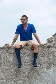Ex Footballer Francesco Coco wearing Via Calzabigi socks dedicated to the Inter Milan fans. Stylish and dapper, a perfect use of the legendary black and blu colors.... Find out more on Via Calzabigi