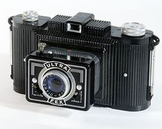 Ultra Fex bakelite camera