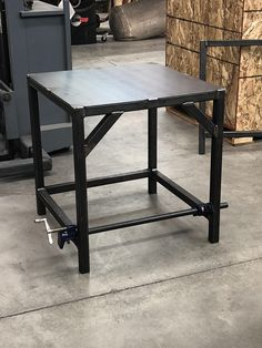 Over kill to hold a small drill press you think? Welding Cart, Welding Ideas, Welding Table, Welding Projects, Small Drill Press, Downdraft Table, Tool Workbench, Welding And Fabrication, Wood Tools