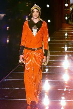 Christian Dior Fall 2001 Couture Fashion Show - Madelaine Hjört (CITY), John Galliano