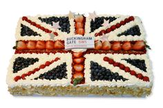 diamond jubilee gateaux - this is too cool not to pin
