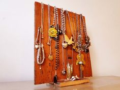 A Floorboard Jewelery Stand