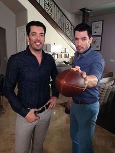 who is everyone picking in the superbowl this year patriots or drew - How Tall Is Jonathan Scott