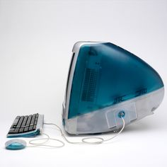 iMac G3 designed by Jonathan Ive for Apple Inc 1998-99, I always thought these were so pretty Imac G3, Apple Tv, Innovation, Steve Jobs Apple, Macs, Mac Mini, Macbook, Things Mac, Apple Iphone