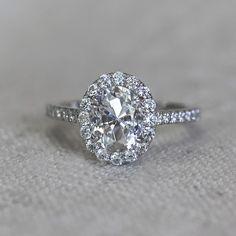 Gorgeous Oval cut Designer Inspired Engagement Ring! Sparkly Jewelry, Diamond Jewelry, Engagement Ring Settings, Solitaire Engagement, Oval Rings, Lab Created Diamonds, Jewelry Organization, Engagement Celebration, White Gold