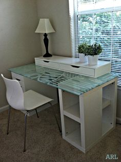 The IKEA Kallax series Storage furniture is a vital part of any home. They supply order and assist you to hold track. Fashionable and delightfully easy the ledge Kallax from Ikea , for example. Ikea Glass Table Top, Ikea Glass Desk, Ikea Table Tops, Glass Top Desk, Ikea Desk Top, Hacks Ikea, Desk Hacks, Organiser Son Dressing, Ikea I