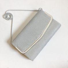 Vintage White Metal Mesh Purse   Mid Century Mesh Clutch Purse   Vintage  White Shoulder Bag Clutch Bag   White Mesh Metal Purse Chain Purse bf52ecb8c2a1d