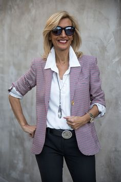 This week on my blog our Blaire Houndstooth blazer styled with our White Shirt with Roll up sleeves and Gunmetal and Pearl Y necklace all available in our shop www.jacketsociety.com
