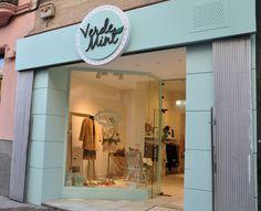 Diseño y producción Integral llave en mano de tienda de ropa estilo Vintage.