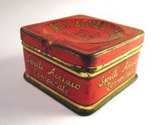 Vintage box for steel pins  Made in Italy 5060s by RetroGustoMenta, €20.00