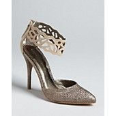Not usually a fan of glittery shoes, but this is pretty.