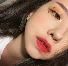 Фотография asian beauty ulzzang makeup, ullzang makeup и korean eye makeup. Ullzang Makeup, Cute Makeup, Pretty Makeup, Makeup Looks, Contour Makeup, Contouring, Makeup Ideas, Korean Makeup Look, Asian Makeup