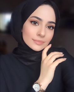 Girl Hijab, Hijab Dress, Hijab Fashion, Make Up, Hijab Styles, Instagram, Hijab Fashion Style, Makeup, Make Up Dupes