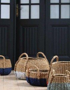 un due tre ilaria⎟interiors design lifestyle Crochet Wool, Diy Crochet, Plant Basket, Macrame Patterns, Chrochet, Diy Room Decor, Home Decor, Creative Crafts, Basket Weaving