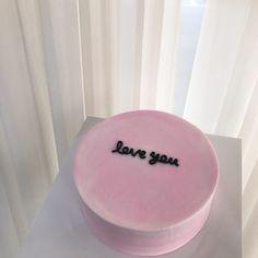 paleo mug cake Pretty Cakes, Beautiful Cakes, Amazing Cakes, Korean Cake, Cute Desserts, Birthday Cake Decorating, Just Cakes, Aesthetic Food, Sweet Cakes