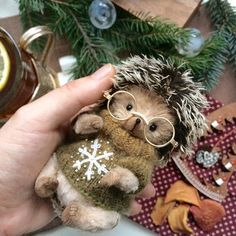 Hedgehog Craft, Teddy Toys, Doll Toys, Dolls Dolls, Christmas And New Year, Christmas Ideas, Amigurumi Toys, Handmade Toys, Crochet Toys