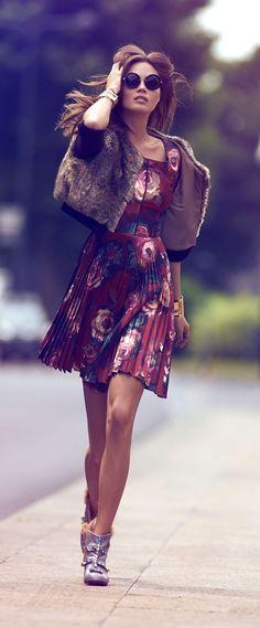 The New Dare-To-Wear Fall Winter 2014/2015 Unique Style Inspiration Apparel Clothing Design #UNIQUE_WOMENS_FASHION