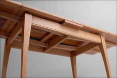 Draw leaf tables (Dutch Pull Outs, too) – more about how they work – Farmhouse table diy Dining Table With Leaf, Diy Dining Table, Leaf Table, Wood Table, Trestle Table Plans, Farmhouse Table Plans, Trestle Dining Tables, Woodworking Ideas Table, Woodworking Furniture