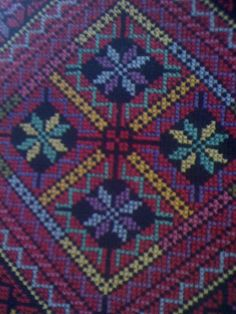 poor photo but nice work Cross Stitch Borders, Cross Stitch Flowers, Cross Stitch Designs, Cross Stitching, Cross Stitch Patterns, Ribbon Embroidery, Cross Stitch Embroidery, Embroidery Patterns, Palestinian Embroidery
