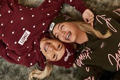 Lisa and Lena Winter collection❤️ Cute Girls With Braces, Braces Girls, Cute Braces, Best Friend Outfits, Best Friend Goals, Best Friends, Boy Best Friend Pictures, Twin Pictures, Lisa Or Lena