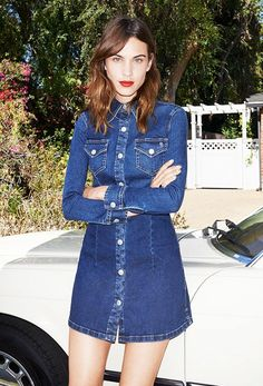 Alexa Chung's bright red lip, flawless skin, and perfectly sculpted brows will never go out of style