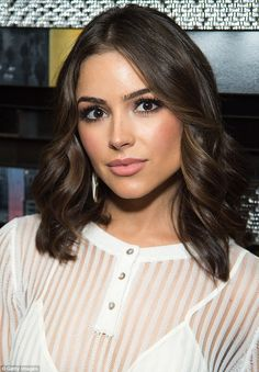 """The 11 Most Important Beauty Tips Olivia Culpo Has Taught Us - """"Air-Dry Before Curling"""" Beauty Tips For Teens, Beauty Advice, Beauty Secrets, Beauty Hacks, Hair Inspo, Hair Inspiration, Olivia Culpo Hair, Nude Lip, Perfect Curls"""