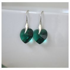 Heart Earrings, Emerald Green Earrings, Sterling Silver, Dangle... (94 ILS) ❤ liked on Polyvore featuring jewelry, earrings, sterling silver heart jewelry, heart jewelry, sterling silver dangle earrings, heart shaped earrings and sterling silver long earrings