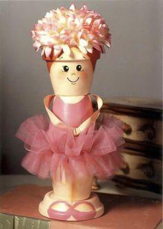 musical ballerina doll made of clay flower pots - tutorial (scroll down) Flower Pot Art, Flower Pot Design, Clay Flower Pots, Flower Pot Crafts, Clay Pot Projects, Clay Pot Crafts, Diy Clay, Diy And Crafts, Arts And Crafts