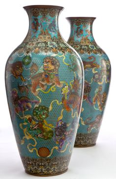 A Pair Of Monumental Chinese Cloisonne Palace Vases. Chinese, Qing dynasty