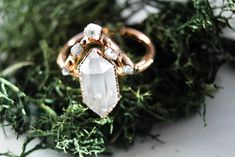 Diamond Wedding Rings The Dueling Diamonds Ring Set - The Fox And Stone Bohemian Jewelry Alternative Engagement Ring Alternative Wedding Rings, Wedding Rings Simple, Custom Wedding Rings, Beautiful Wedding Rings, Wedding Rings Rose Gold, Wedding Rings Vintage, Bridal Rings, Unique Rings, Wedding Jewelry