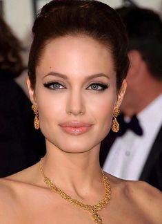 Angelina Jolie, Diamond Earrings, Jewelry, Fashion, Moda, Jewlery, Jewerly, Fashion Styles, Schmuck