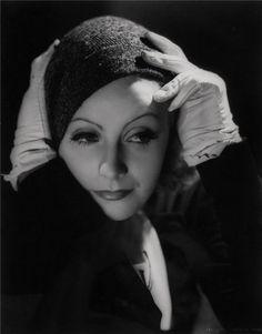 Greta Garbo,1932