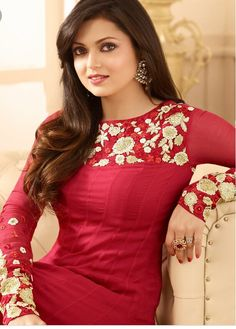Indian Ladies Dress, Dress Indian Style, Indian Dresses, Indian Outfits, Salwar Designs, Kurti Neck Designs, Blouse Designs, Churidhar Designs, Kurti Sleeves Design