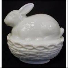 Milk glass bunny