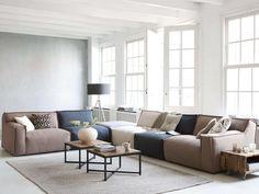 Le Noir hoekbank – Finance is important Narrow Living Room, Living Room White, Living Room Modern, Home Living Room, Living Area, Esschert Design, Luxury Homes Interior, Living Room Inspiration, Home Furniture