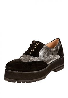 Me encanta! Miralo! Zapato Plata Lucerna con Plataforma Combinado..  de Lucerna en Dafiti
