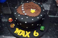 Google Image Result for http://cdn.cakecentral.com/6/6f/900x900px-LL-6f09b8b6_angrybirdstarwars.jpeg