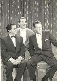 John Wayne crooning wih Perry Como in 1978, filming the Perry Como ...