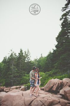 Couples portrait by Billie Jo and Jeremy Photography at Thunder Hole in Acadia National park, Maine.
