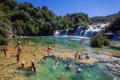 Scopri Le 25 piscine naturali più incredibili del mondo, una lista con i migliori posti consigliati da milioni di viaggiatori reali da tutto il mondo. Se vuoi, puoi anche scaricarla in PDF.